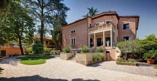 Appia Antica Resort – Frontview
